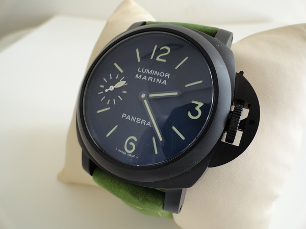 Panerai-Luminor-Ceramic-Black-Replica-Watch