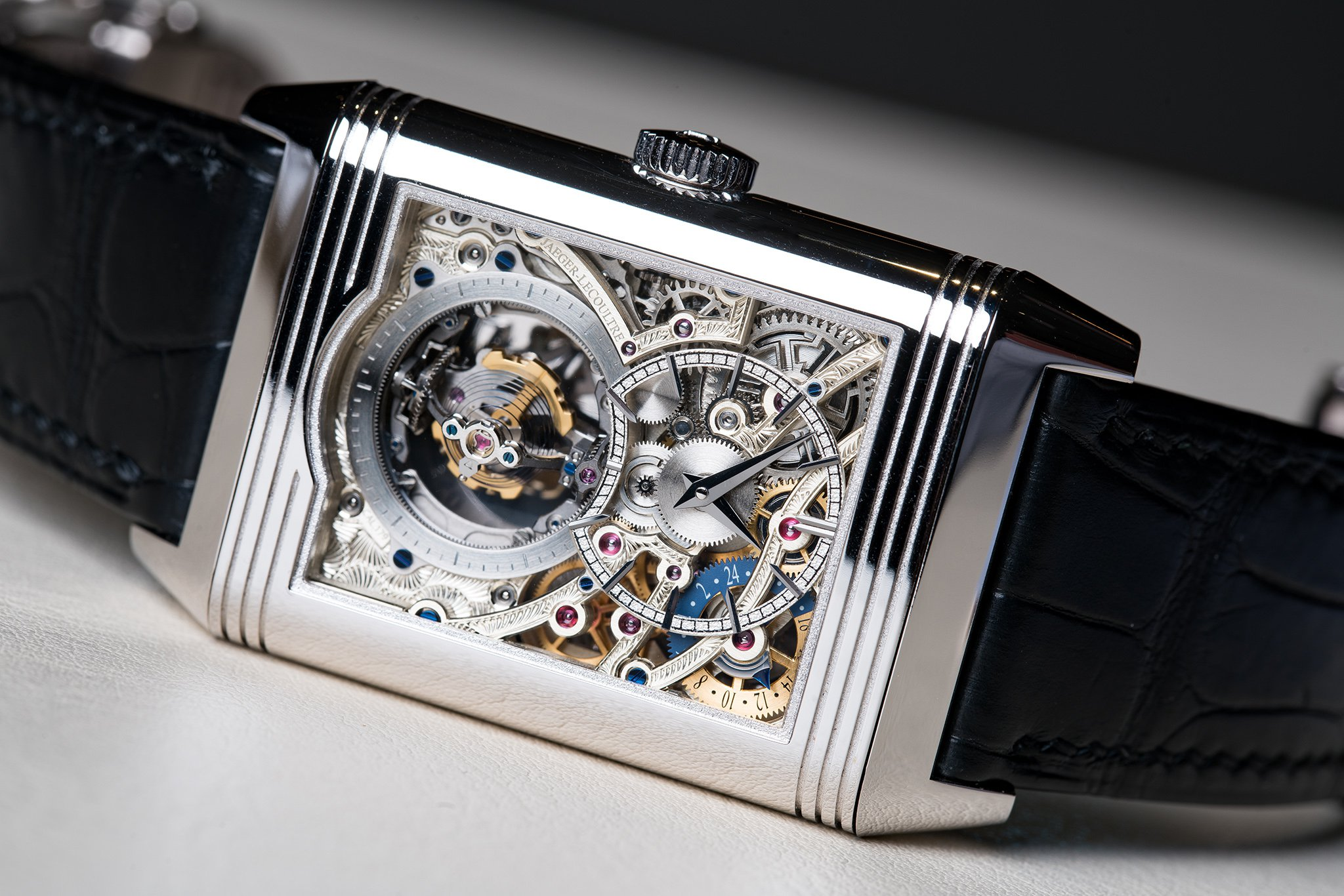 Closer Reviewing the Jaeger-LeCoultre Classic Reverso Tribute Gyrotourbillon Replica Watch