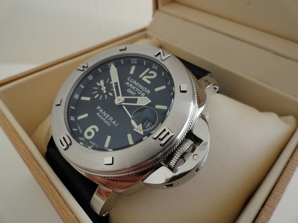 Detailed Review With The Panerai Luminor Replica Watches